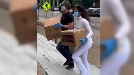 Actor Matthew McConaughey y su esposa entregan materiales a los médicos para el COVID-19