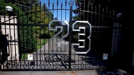La mansión que Jordan no logra vender; le ha bajado US$14 millones en 8 años y sigue sin comprador