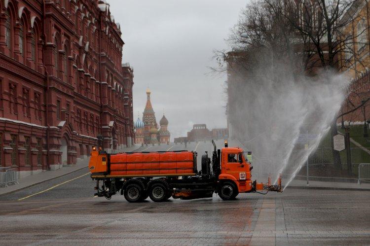 """Rusia reportó un récord diario de casos de coronavirus, pero Vladimir Putin aseguró que la situación está """"bajo control total"""""""