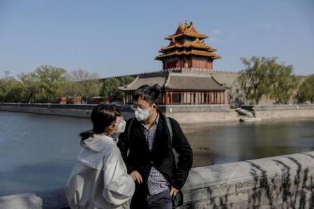 """Bajan los nuevos casos """"importados"""" en China pero suben levemente los locales"""