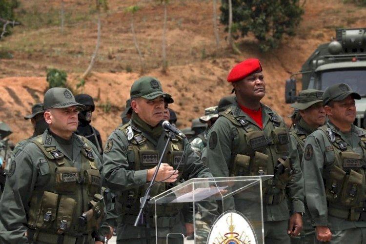Tropas leales a Maduro buscan a «mercenarios» tras ataque frustrado