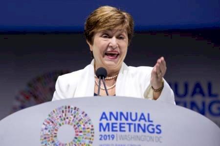 El COVID-19 desnuda las debilidades financieras, según el FMI