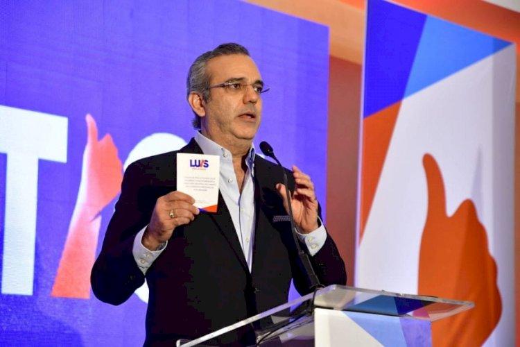 Luis Abinader: Promete Ministerio Público independiente y sueldo de US$500 a policías rasos