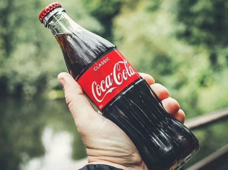 Coca-Cola suspende durante al menos 30 días su publicidad en las redes sociales