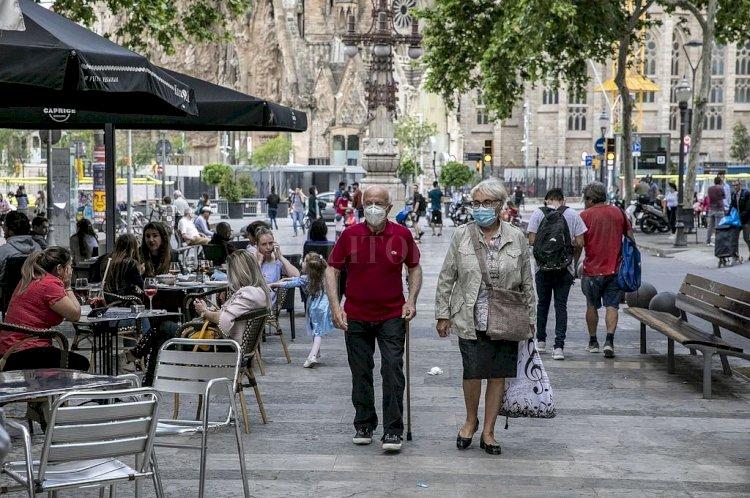 España registra 84 nuevos casos de COVID-19 y los fallecidos suben a 28.346