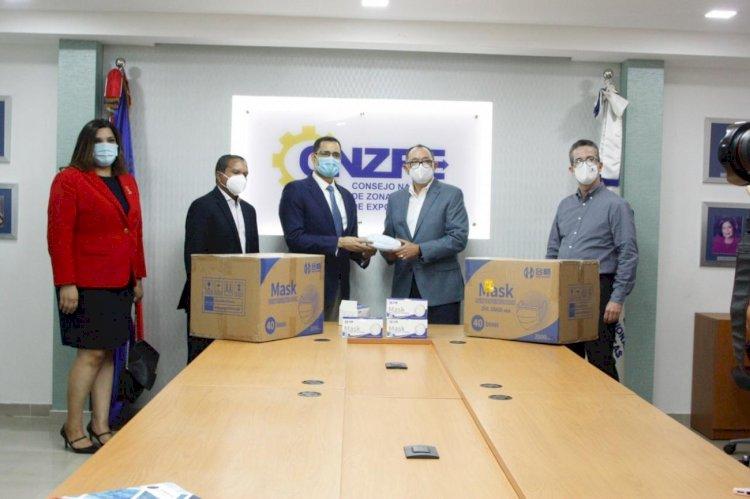 Gobierno recibe 700 mil mascarillas del Aeropuerto del Cibao para enfrentar COVID-19