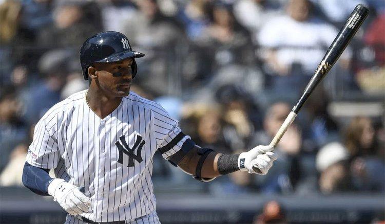 El talento del dominicano Miguel Andújar debuta en los jardines de los Yankees