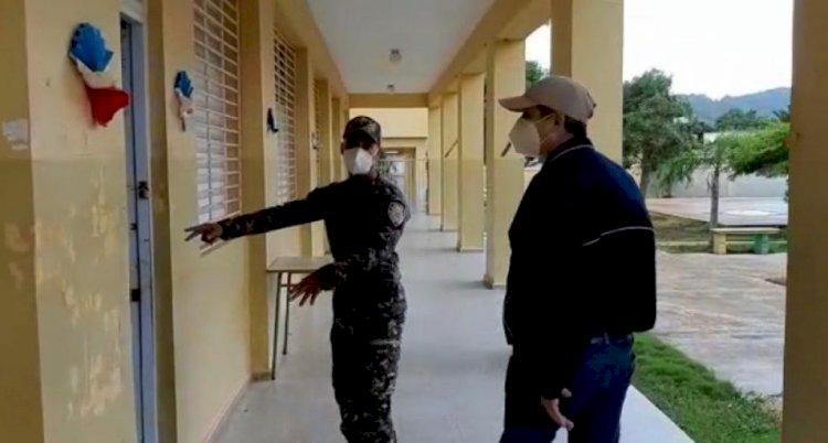 Minerd supervisa escuelas de San Pedro de Macorís y el GSD tras paso de tormenta Isaías