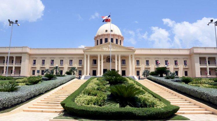 Presidente Danilo Medina promulga Ley 94-20 de Educación y Comunicación Ambiental