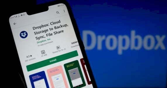 Facebook permitirá importar fotos y vídeos a Dropbox