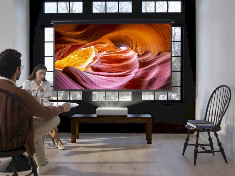 Samsung lanza el proyector láser 4K de alcance ultracorto: The Premiere