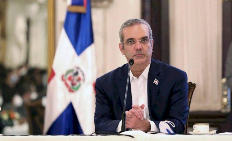 El Instituto del Cáncer y el transporte público no serán privatizados, dice el presidente