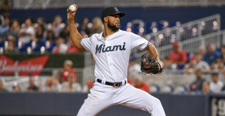 Sandy Alcántara será el abridor del primer partido para los Marlisn en la postemporada de MLB