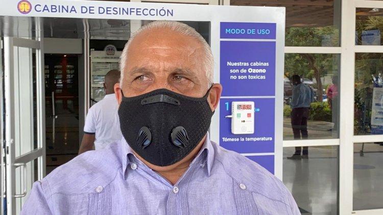 Jaime David Fernández asegura no debe declarar bienes porque aún sigue en función pública