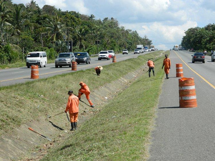 Obras Públicas anuncia reparación en autopista Duarte desde Santiago a la capital