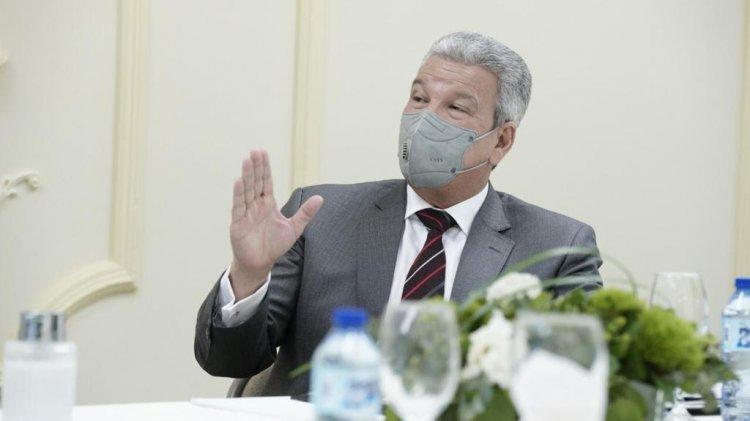 Ministro Presidencia advierte sobre personas usan su nombre para solicitar favores