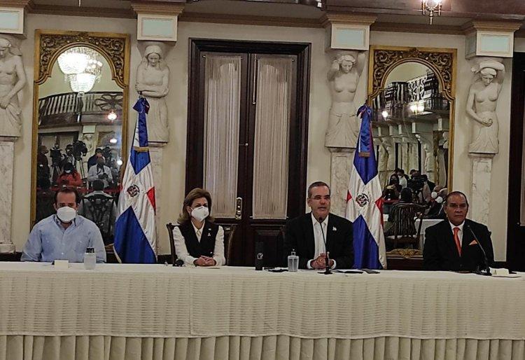 Presidente Luis Abinader firmó este viernes la declaración de Chapultepec
