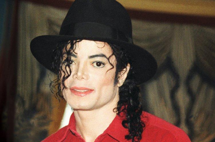 Juez de EEUU rechaza de nuevo una acusación de abusos contra Michael Jackson