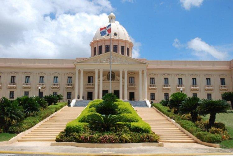 Poder Ejecutivo suspende a 36 funcionarios por no presentar declaración jurada de bienes