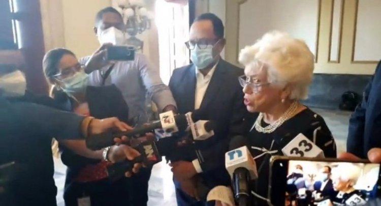 Abinader suspende 36 funcionarios por no presentar su declaración jurada