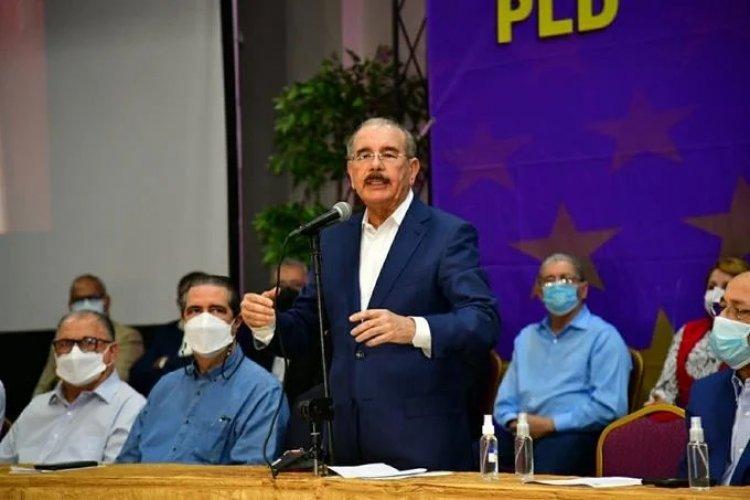 Danilo expresa indignación por arresto de sus hermanos y ex funcionarios