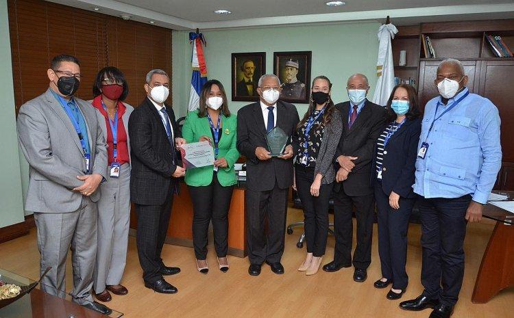 ONAPI resulta ganadora de Premios Latam Digital en Colombia
