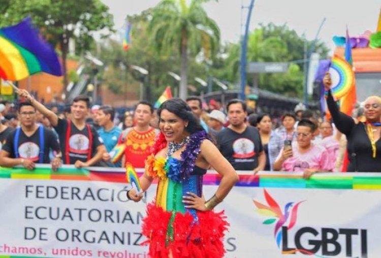 El movimiento LGTBI pide a los candidatos respeto a sus derechos en Ecuador