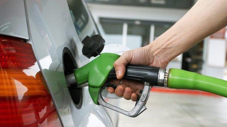 Gobierno aumenta precios todos los combustibles, mantiene  igual el GLP