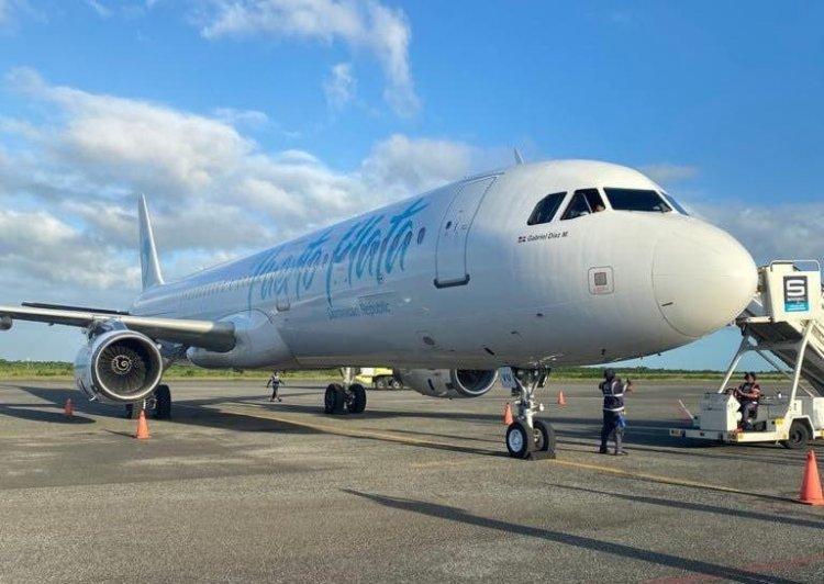 Santiago realiza su primer vuelo sin destino