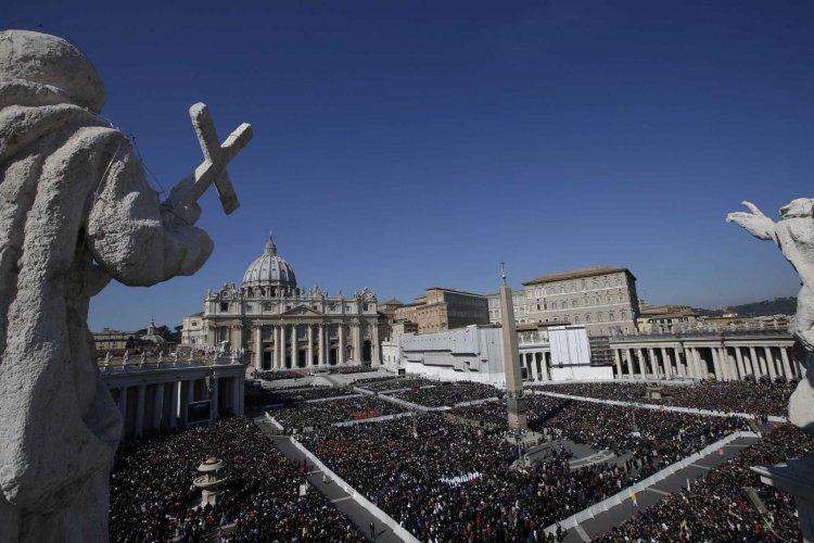 En crisis económica el Vaticano: pide donaciones a para contener el déficit