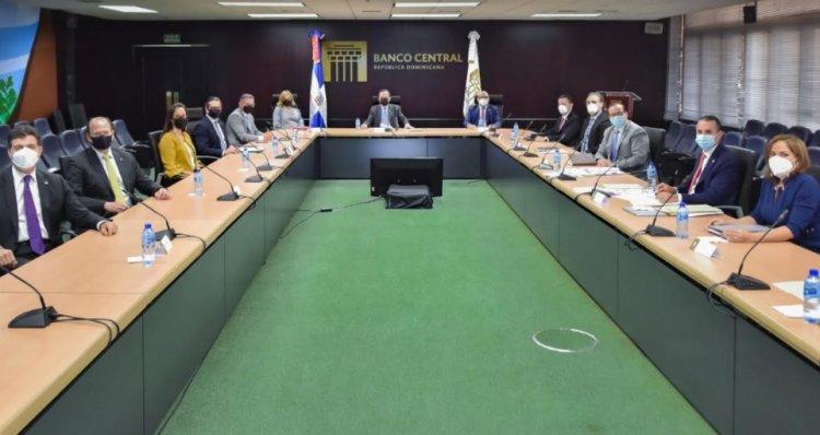 BC reafirma recuperación económica; resalta el papel del sector empresarial