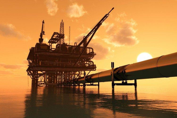 El petróleo de Texas cierra con una caída del 6,2 % hasta 57,76 dólares