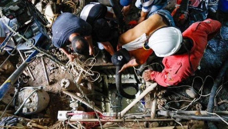 Tras 24 días rescatan cuerpos de 11 mineros atrapados en socavón en Colombia