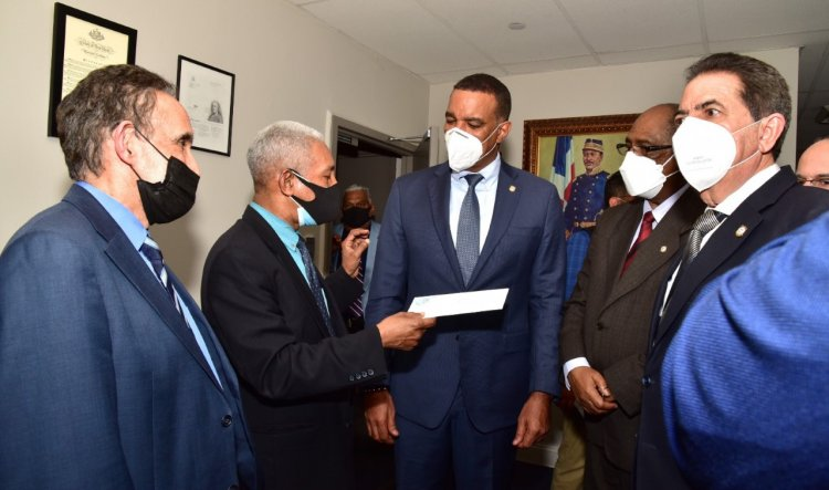NUEVA YORK: CDP llama a respetar la libertad de prensa en R. Dominicana