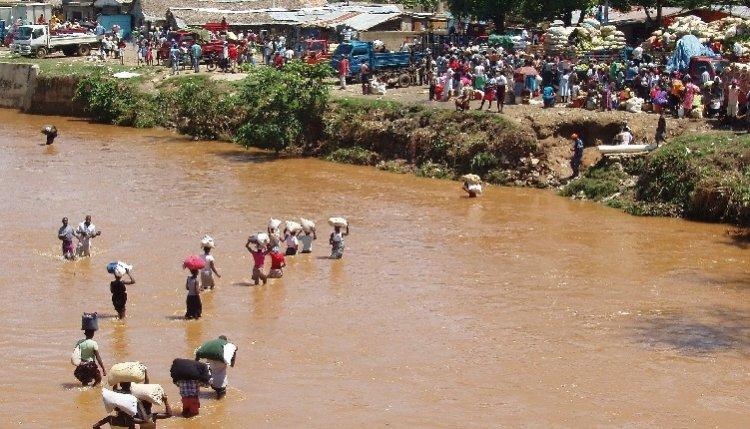 Rep. Dominicana y Haití debaten hoy sobre plan para desviar río Masacre
