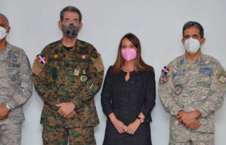 Defensa designa al coronel Acevedo Tejada director interino del CESTUR