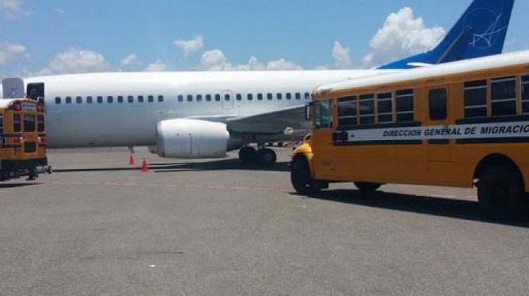 Llegan a República Dominicana otros 55 deportados desde Estados Unidos