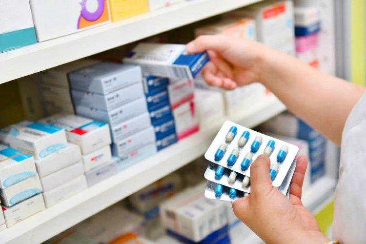 Unión de Farmacias aconseja no adquirir medicamentos en colmados