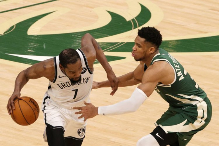 Giannis Antetokounmpo quiere encargarse de defender a Kevin Durant