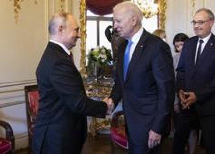 "Putin y Biden celebran cumbre ""positiva"", pero EEUU advierte de ciberataques"