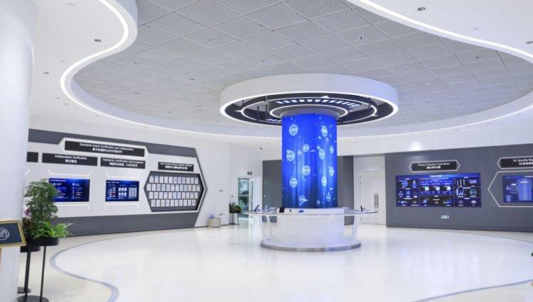 Autoridad de los emiratos Árabes Unidos elogia a Huawei por inauguración centro de protección de privacidad