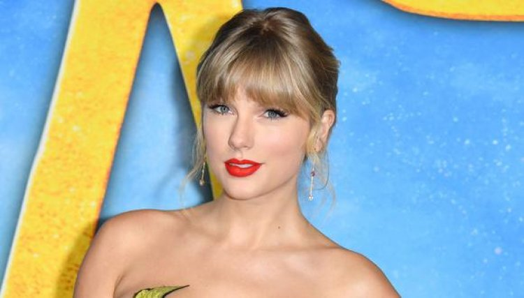 """Taylor Swift relanzará su disco """"Red"""" con una lista de 30 canciones"""