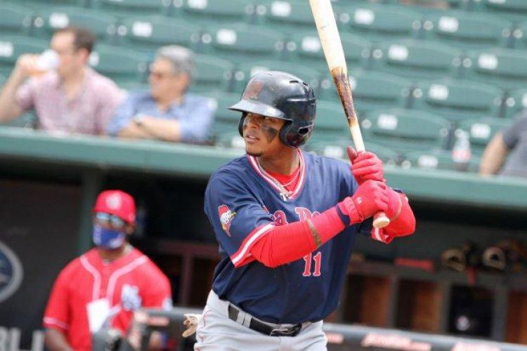 Dominicanos se destacan con el bate en beisbol de las ligas menores de EEUU