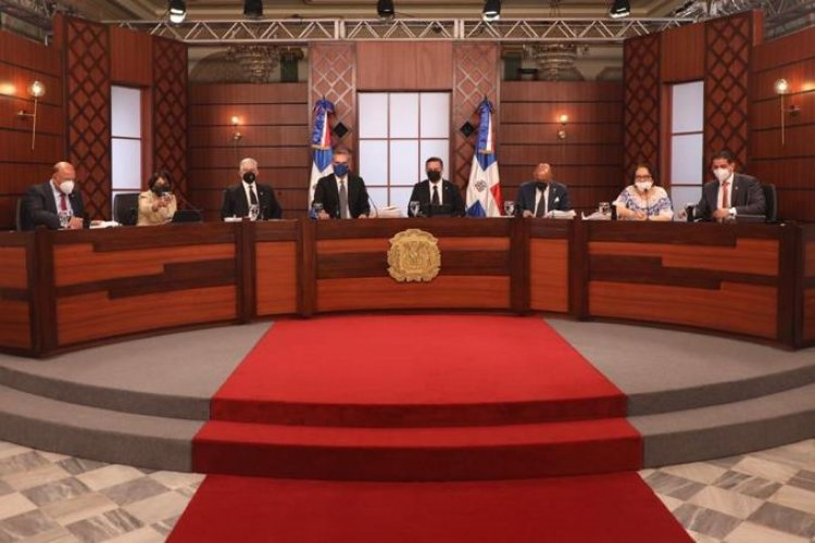 Estos son los nuevos jueces y suplentes del Tribunal Superior Electoral, escogidos por el CNM