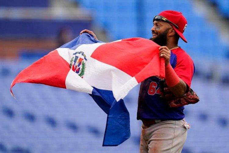 Dominicana derrota 10-6 a Surcorea para bronce en béisbol