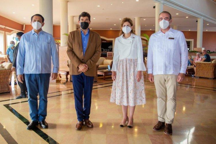 """Dreams Punta Cana hotel sede del """"1er Simposio Gestión Salud en Tiempos de Covid-19''"""