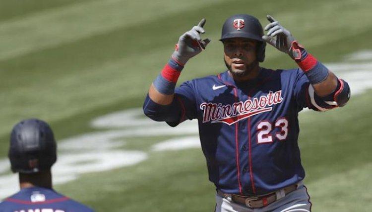 Nelson Cruz disparó dos jonrones; los Yankees empatan con Boston