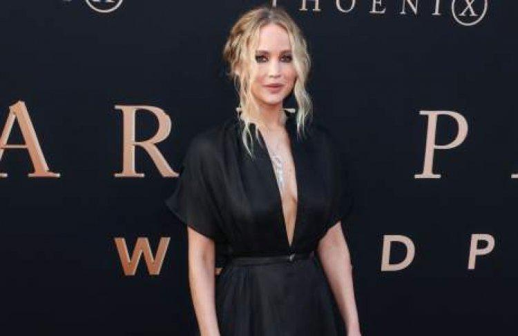 Jennifer Lawrence revela que espera su primer hijo