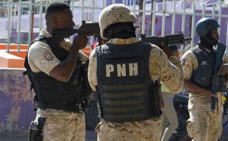 HAITÍ: Afirman en un tiroteo la Policíaacribilló a diez jóvenes