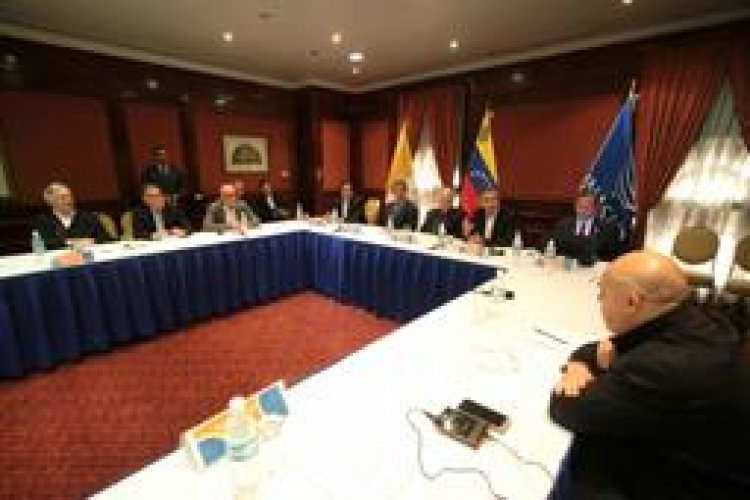 Se suspende diálogo entre oposición y gobierno de Venezuela